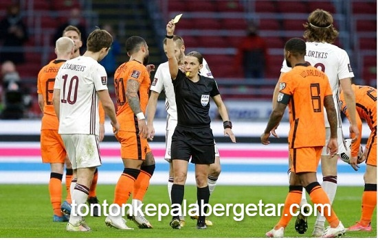 Frappart turns into first girl to referee males's World Cup qualifier