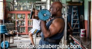 Malaysian bodybuilder